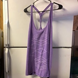 Old Navy Active semi-fitted Racerback Tanktop